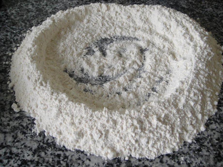 Circle of flour