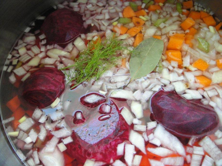 Simmering the vegetables