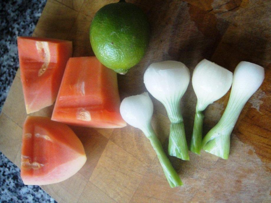 Papaya, lime and spring onions
