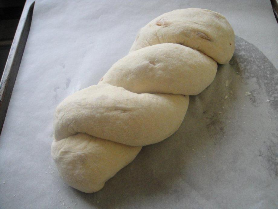 Plaited polenta bread dough
