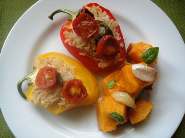 Spiced pumpkin, stuffed peppers and garlic rice
