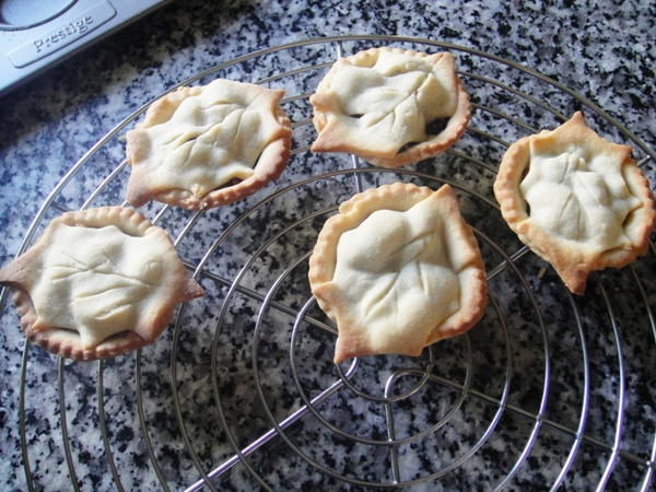 Holly topped mince pies