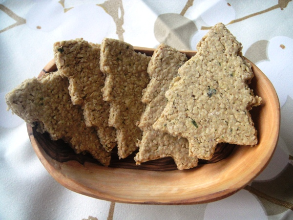 Thyme-scented oatcakes