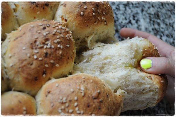 Courgette Cluster bread