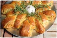 Festive wreath garlic herb bread