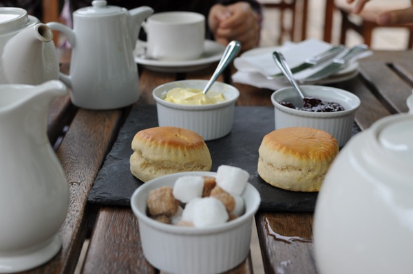 A cream tea at the Swan Hotel, Bibury