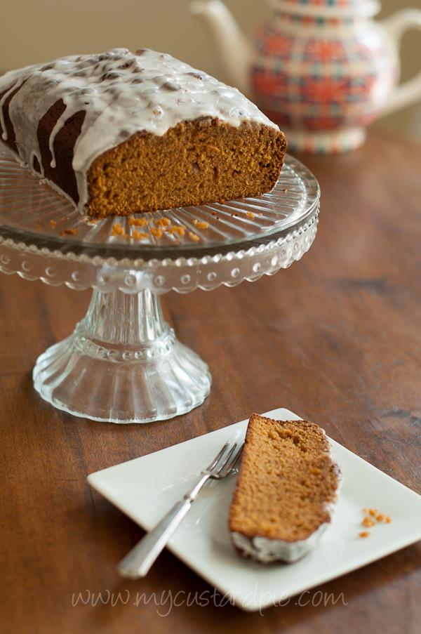 Ginger cake with lemongrass icing