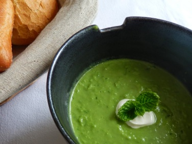 Pea and mint soup
