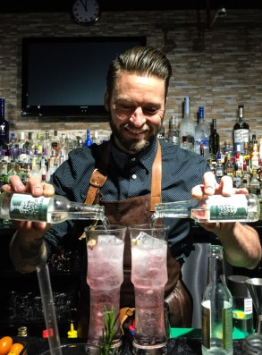 Denzel Heath - How to make the perfect gin and tonic on mycustardpie.com