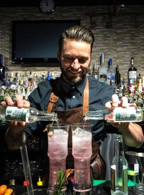 Denzel Heath - How to make the perfect gin and tonic on mycustardpie.com