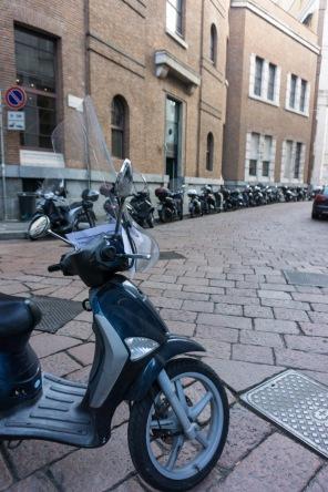 Scooters in Milan Italy on mycustardpie.com
