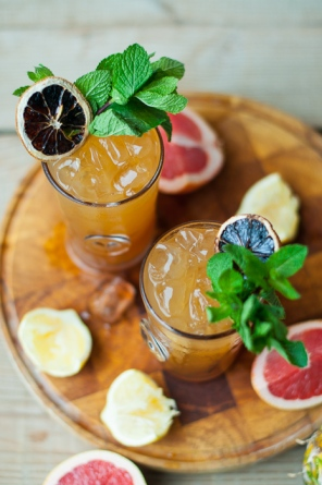 How to make a Sloe Sling cocktail over on mycustardpie.com