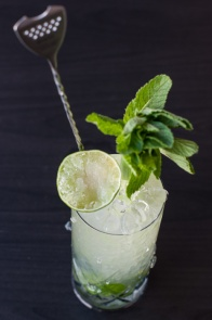 How to make a St James's Swizzle gin cocktail on mycustardpie.com