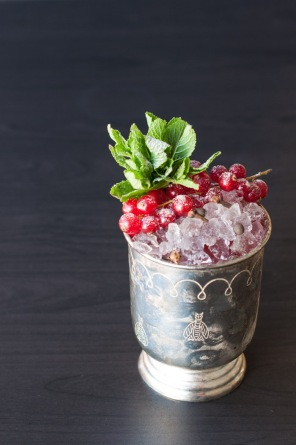 How to make a Noel cocktail perfect for the festive season
