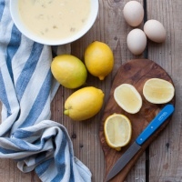 Egg and lemon soup - how to make avgolemono
