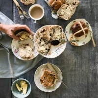 What makes a good Hot Cross Bun and where to find one