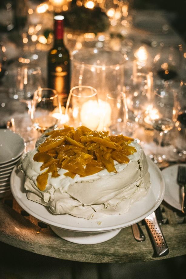 Mango meringue with margarita cream