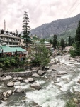 river in town of Manali