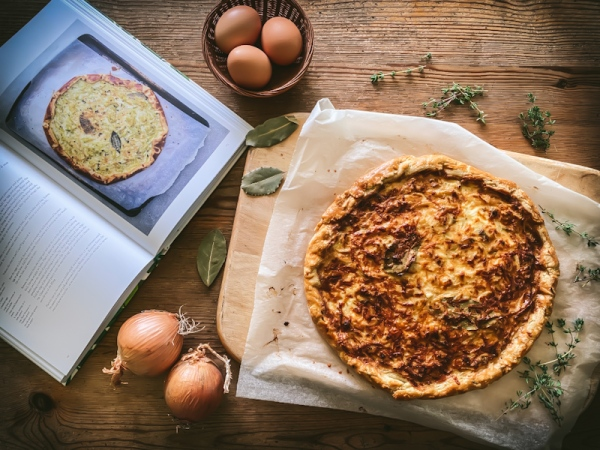 Herb cookbook and thyme and leek tart